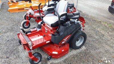 Farm Equipment Supplier BOB MARK NEW HOLLAND, Lindsay, ON