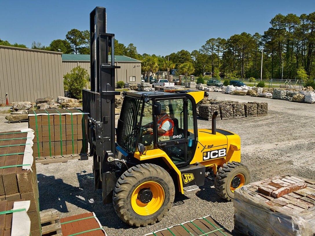 Advance Construction Equipment, selling new,used,JCB BackHoe