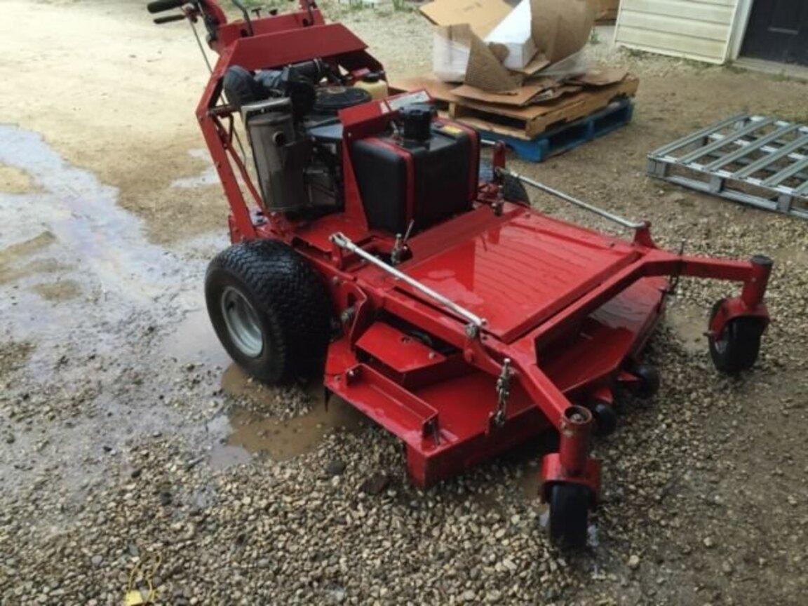 Maxwell Farm Service: Ontario Lawn & Farm Equipment Sales